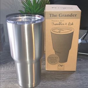 Brand new stainless steel tumbler with lid